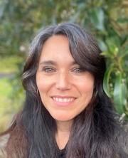 Dr Fernanda Penaloza