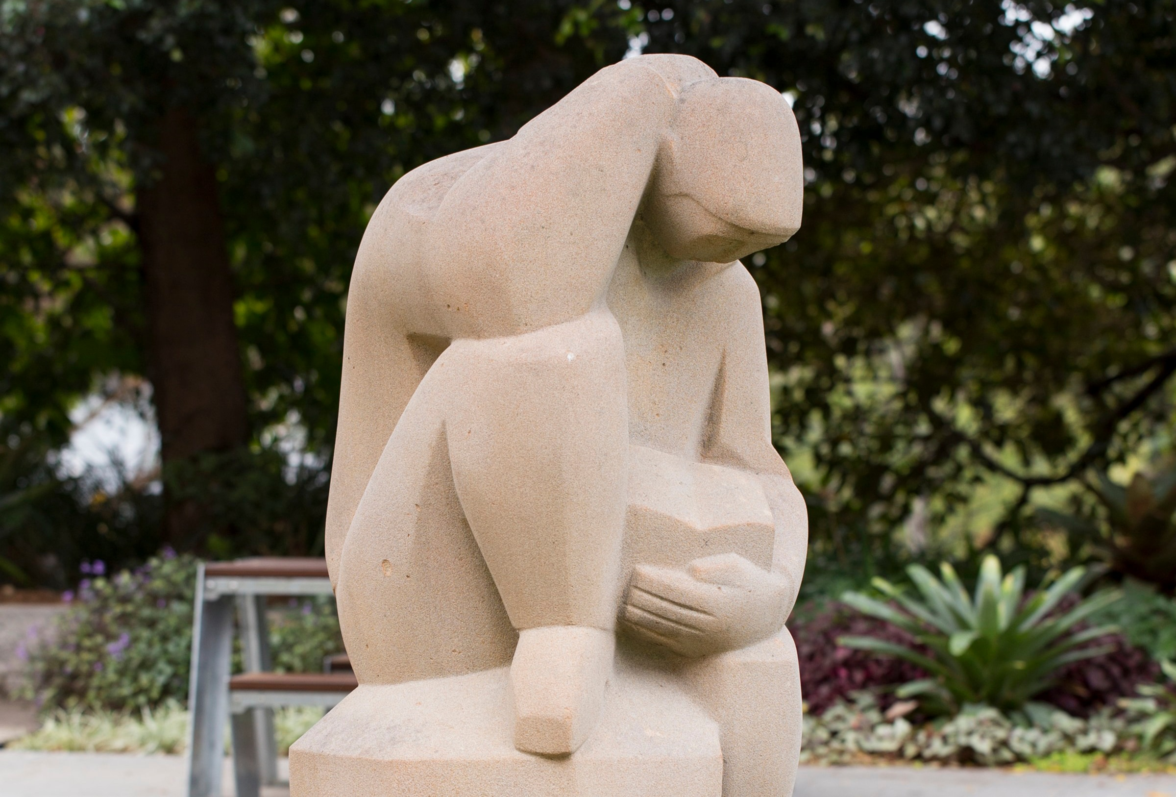 Tom Bass' monumental Modernist sculpture of a human figure