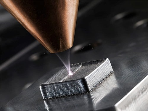 Additive manufacturing at work