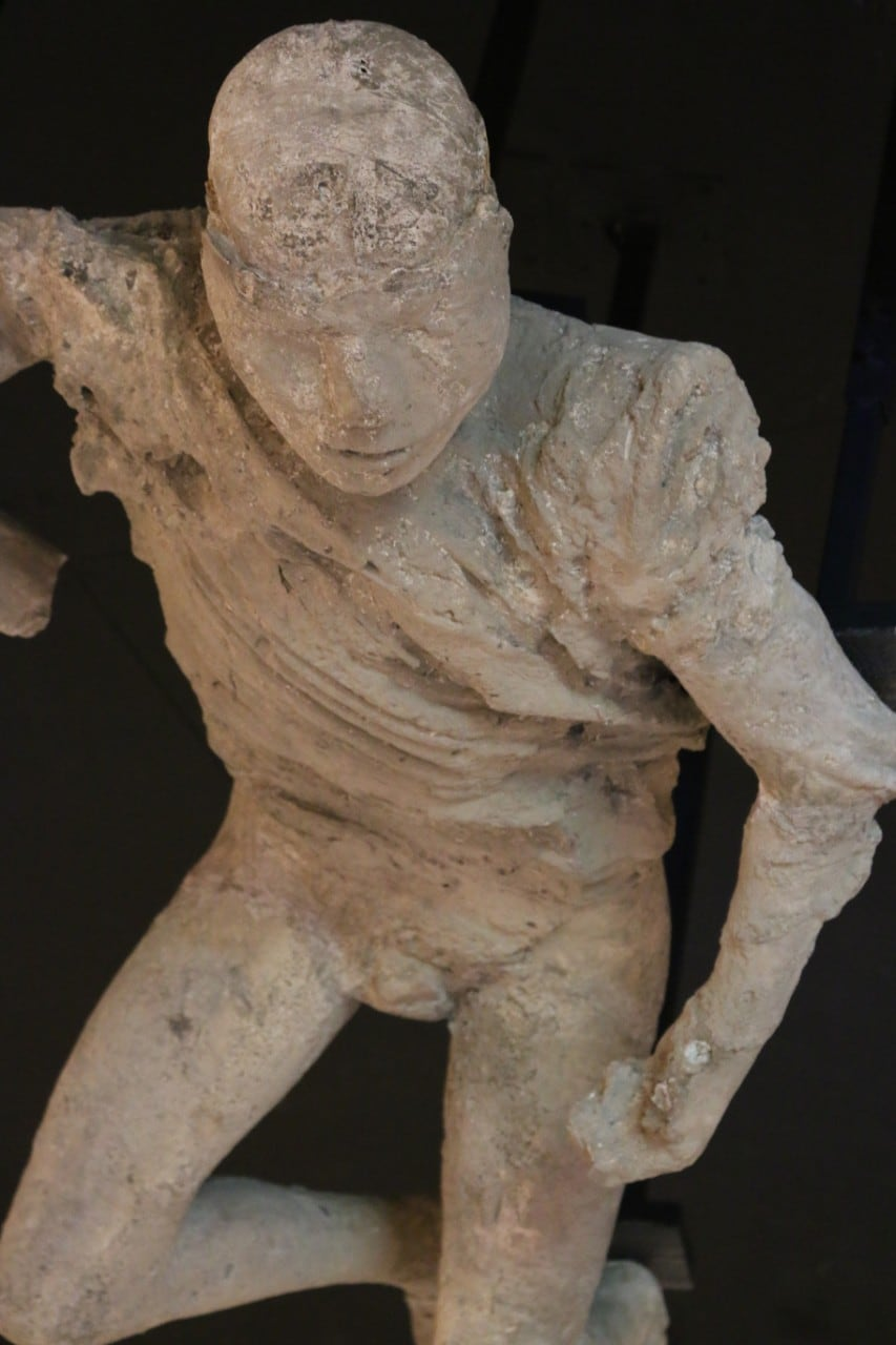 Skeletal analysis reveals Pompeii myths are getting long in