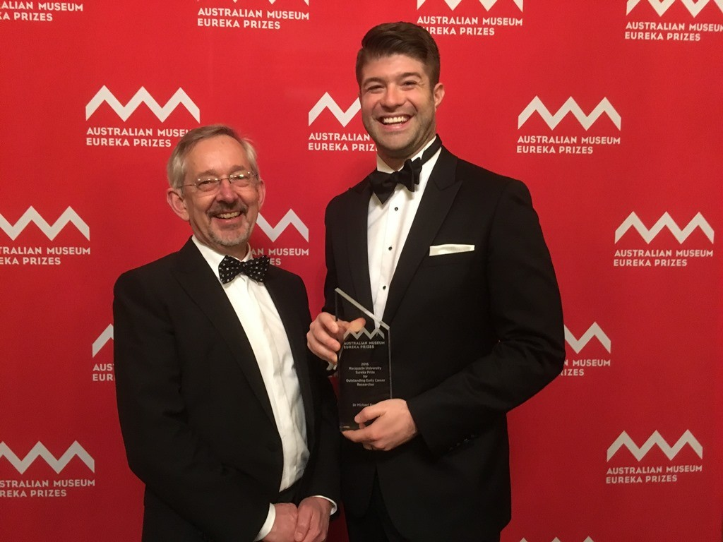 Dr Michael Bowen (right) with the University of Sydney's Dean of the Faculty of Science, Professor Trevor Hambley