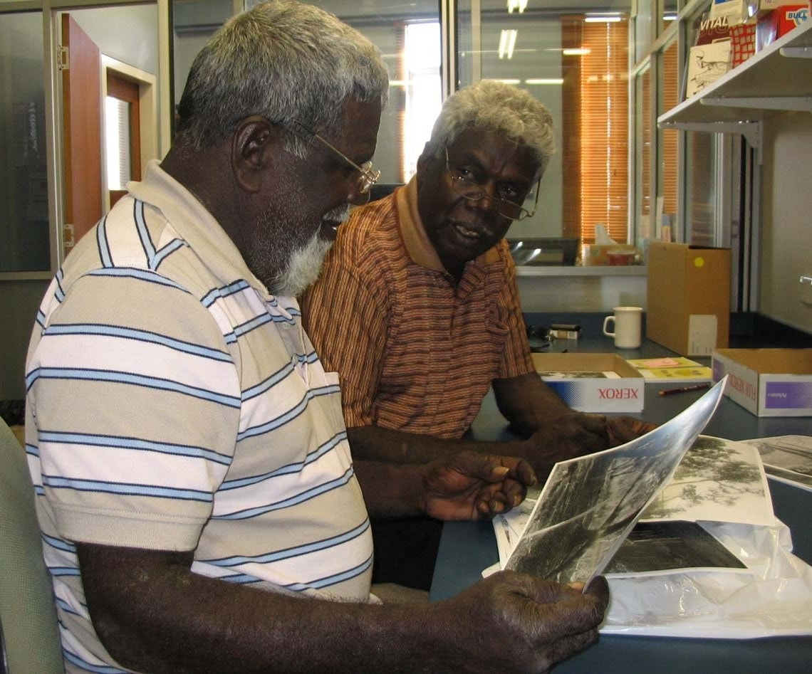A photo of the late Dr Joe Neparrnga Gumbula and his brother George Milaybuma Gaykamangu researching in the University of Sydney Archives.