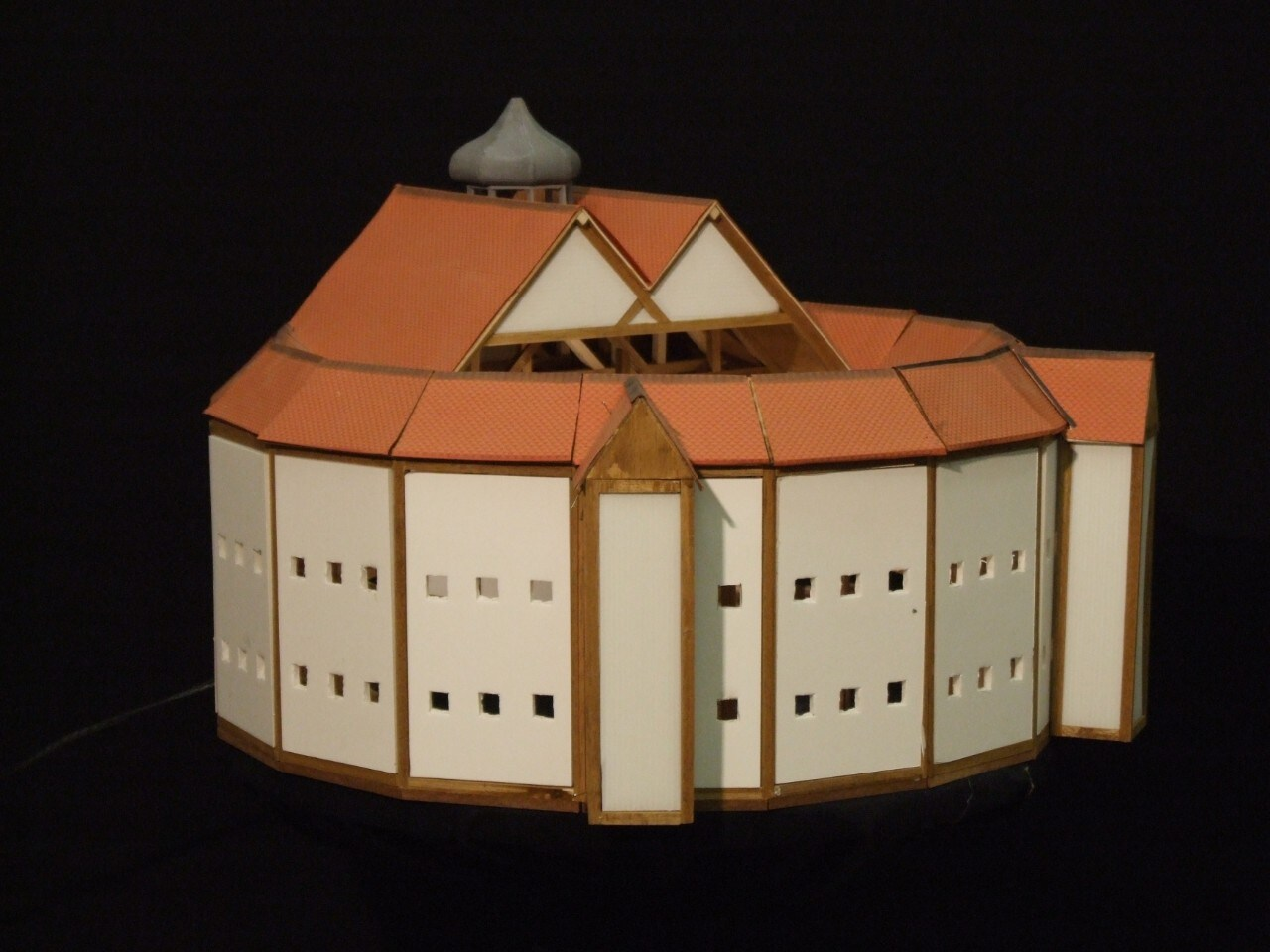 The second Globe theatre as envisioned by renowned Czech panoramist Wenceslaus Hollar. Image: Tim Fitzpatrick.