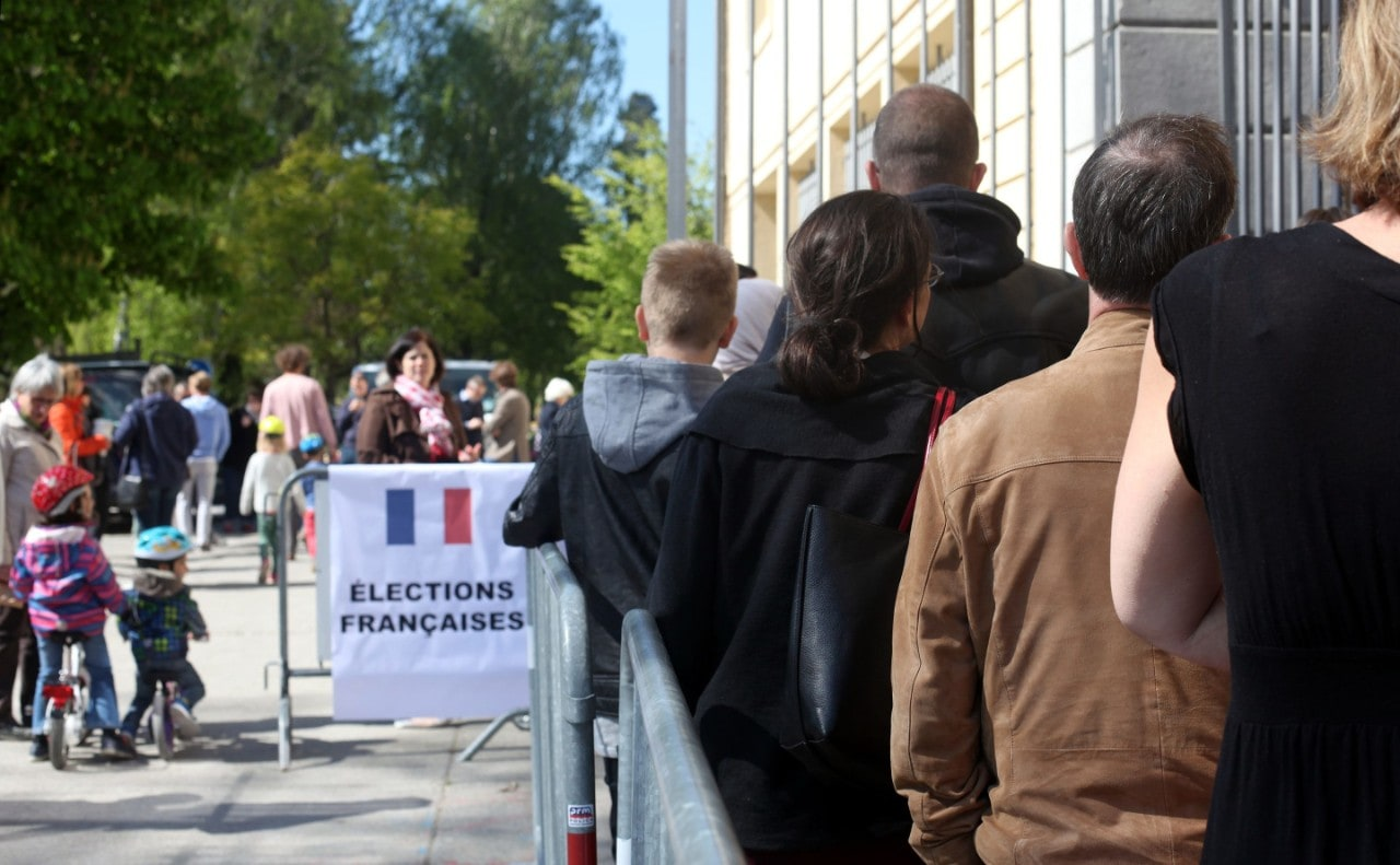 Voting in French presidential election
