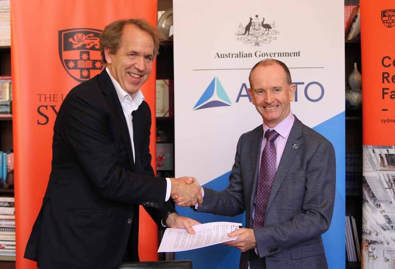 The University of Sydney and ANSTO sign new partnership agreement