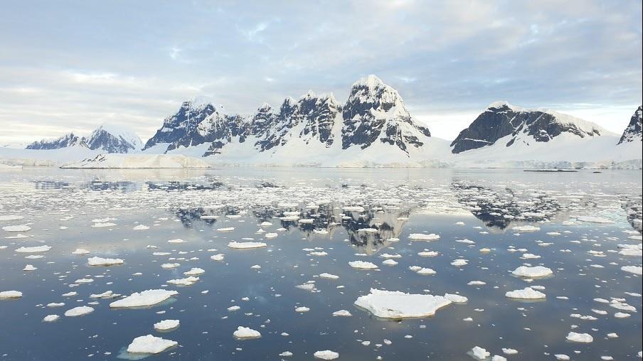 Sea ice in Antarctica. Credit: Carolyn Hogg