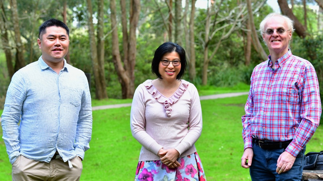 Professor Anita Ho-Baillie and team finalist colleagues from UNSW.