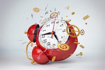 Exploding clock