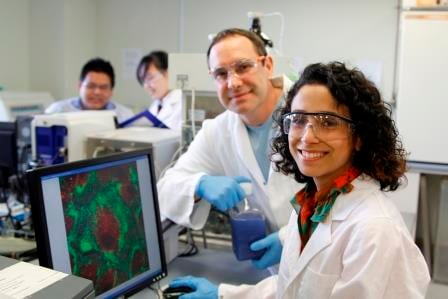 Researchers Negar Talaei Zanjani and Dr Peter Valtchev study cold sores virus