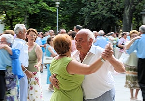 Dancing could have health benefits for elderly people. [Image: Flickr/Esti Alvarez]