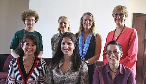 L-R Back: Kathleen Nelson, Lina Markauskaite, Diane van den Broek, Lorraine Smith. L-R Front: Jennifer Alison, Kirsten Black, Julia Beatty