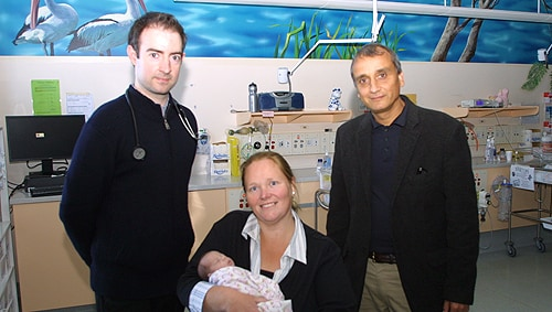 (L-R) Dr David Eviston, new mother Kristy Herd Hayley Herd and Professor Ralph Nanan.