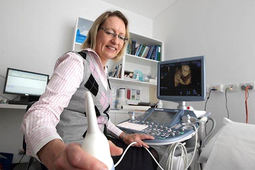 Ann Quinton, Sydney Medical School and an author on the Australian New Zealand Journal of Obstetrics and Gynecology article, performing an ultrasound.