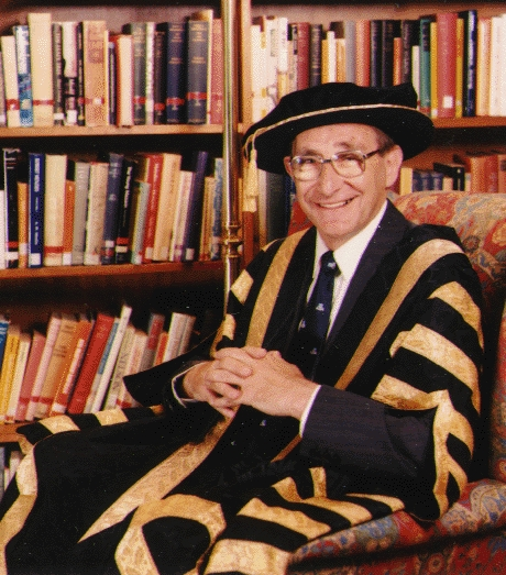 Peter Baume in Chancellors robes, Photo courtesy of the Australian National University