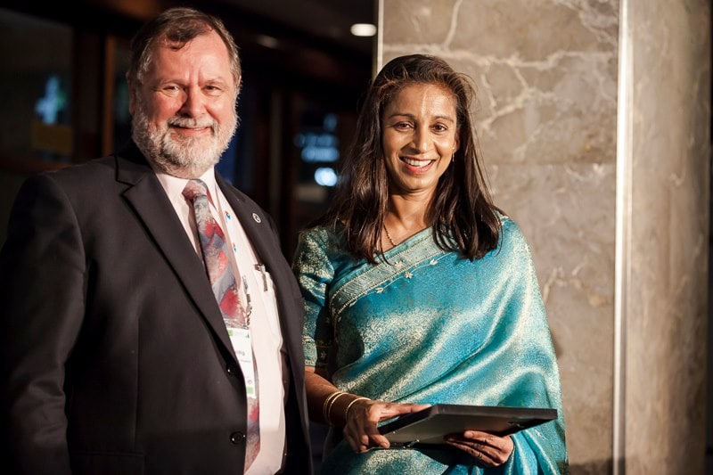 Associate Professor Manjula Sharma, awarded the Australian Institute of Physics (AIP) Education medal for 2012 from AIP President Mark Duldig.