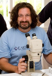 Dr Dieter Hochuli, from the School of Biological Sciences, has won the 2010 Vice-Chancellor's Award for Excellence in Research Higher Degree Supervision.