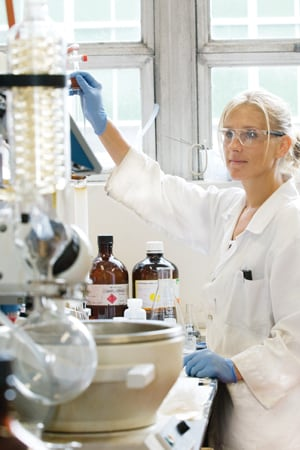 science chemistry coursework The school of chemistry and biochemistry has a vibrant program of study leading to a bachelor of science in chemistry the flexibility of the curriculum allows.
