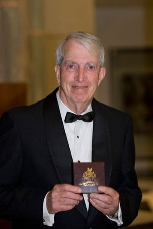 Professor Len Lindoy with his David Craig Medal from the Australian Academy of Science at the awards dinner held in Parliament House in Canberra on 7 May 2009. Source: Australian Academy of Science. Photographer: Irene Dowdy.
