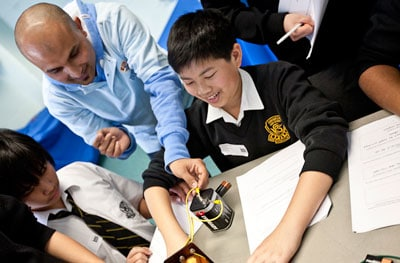 School students will experience the amazing breadth of science at Science in the City, run by executive partners the University of Sydney and the Australian Museum, in August 2011.